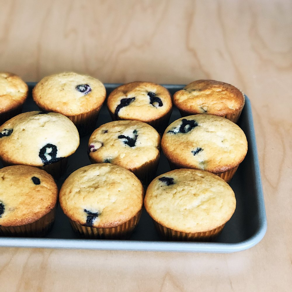 Classic Homemade Blueberry Muffins | Becca Bakes (www.becca-bakes.com)