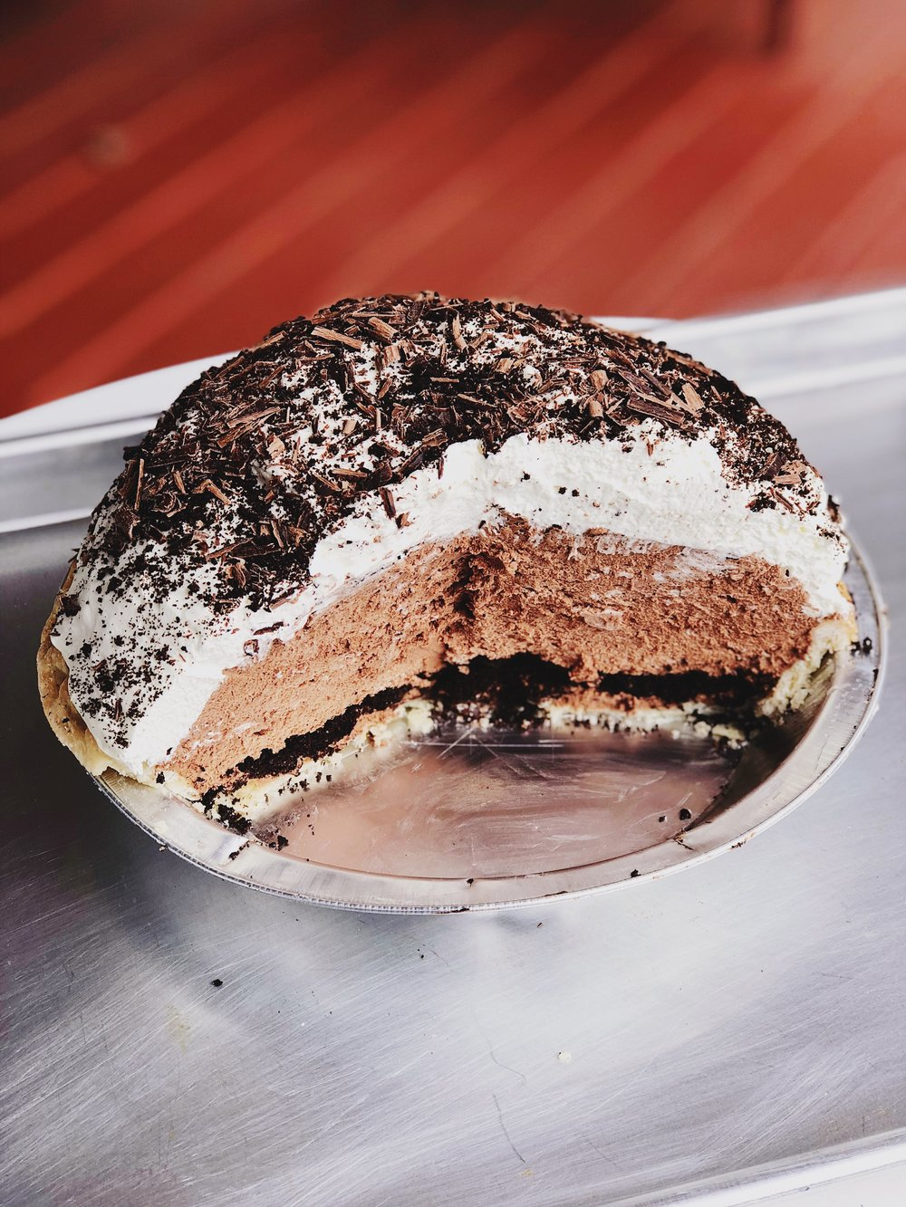 Mile High Chocolate Mousse Pie | Becca Bakes (www.becca-bakes.com)