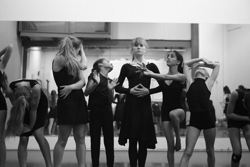 Dancers_91.jpg