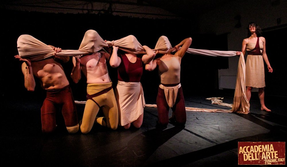 O How Flesh Folds , 2018. Nike Redding, Sean Henderson, Faith Sullivan, Nicole Nigro & Kelsa Dine. Photo: Melanie Neu