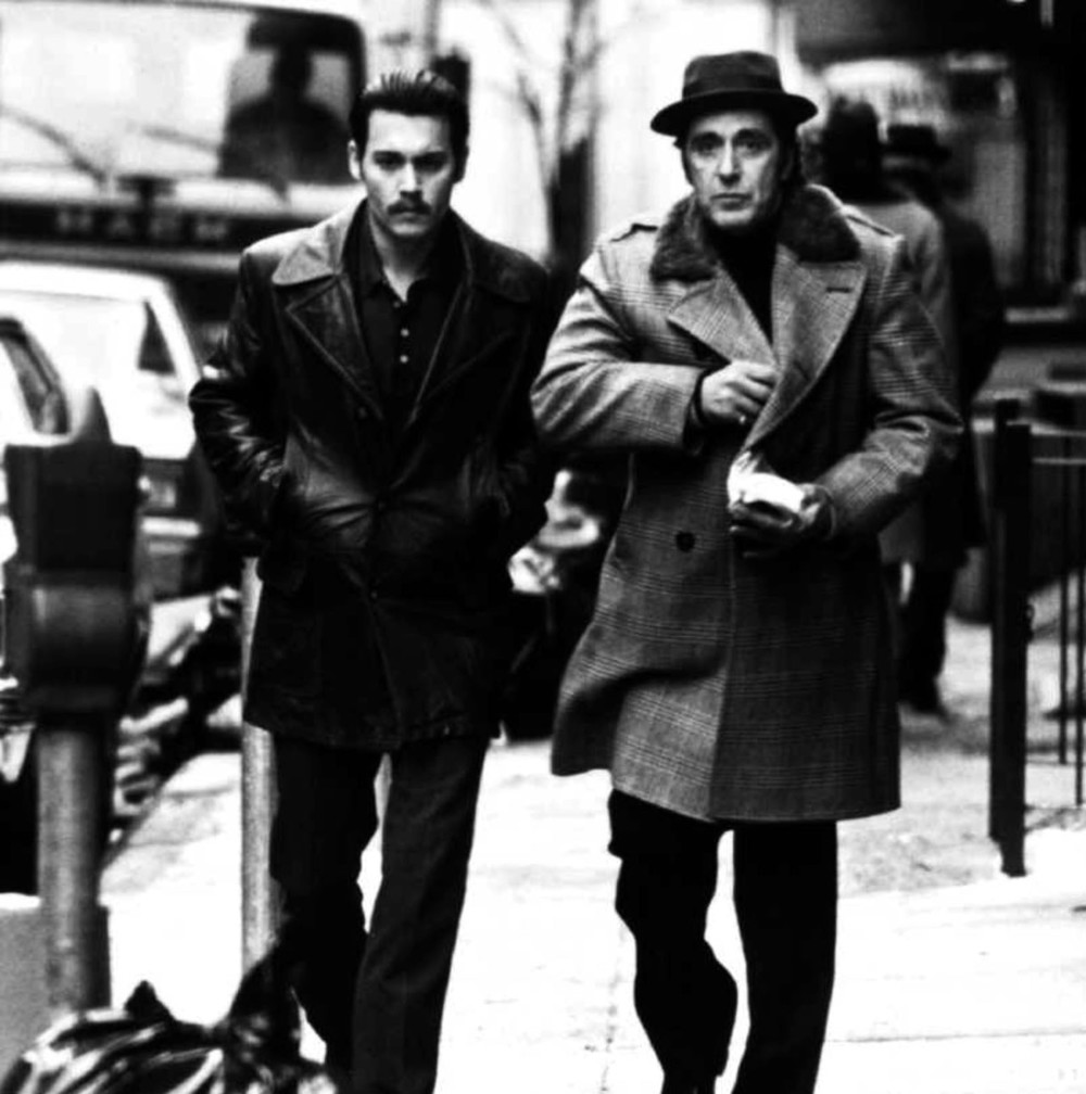 A screenshot from the film  Donnie Brasco.