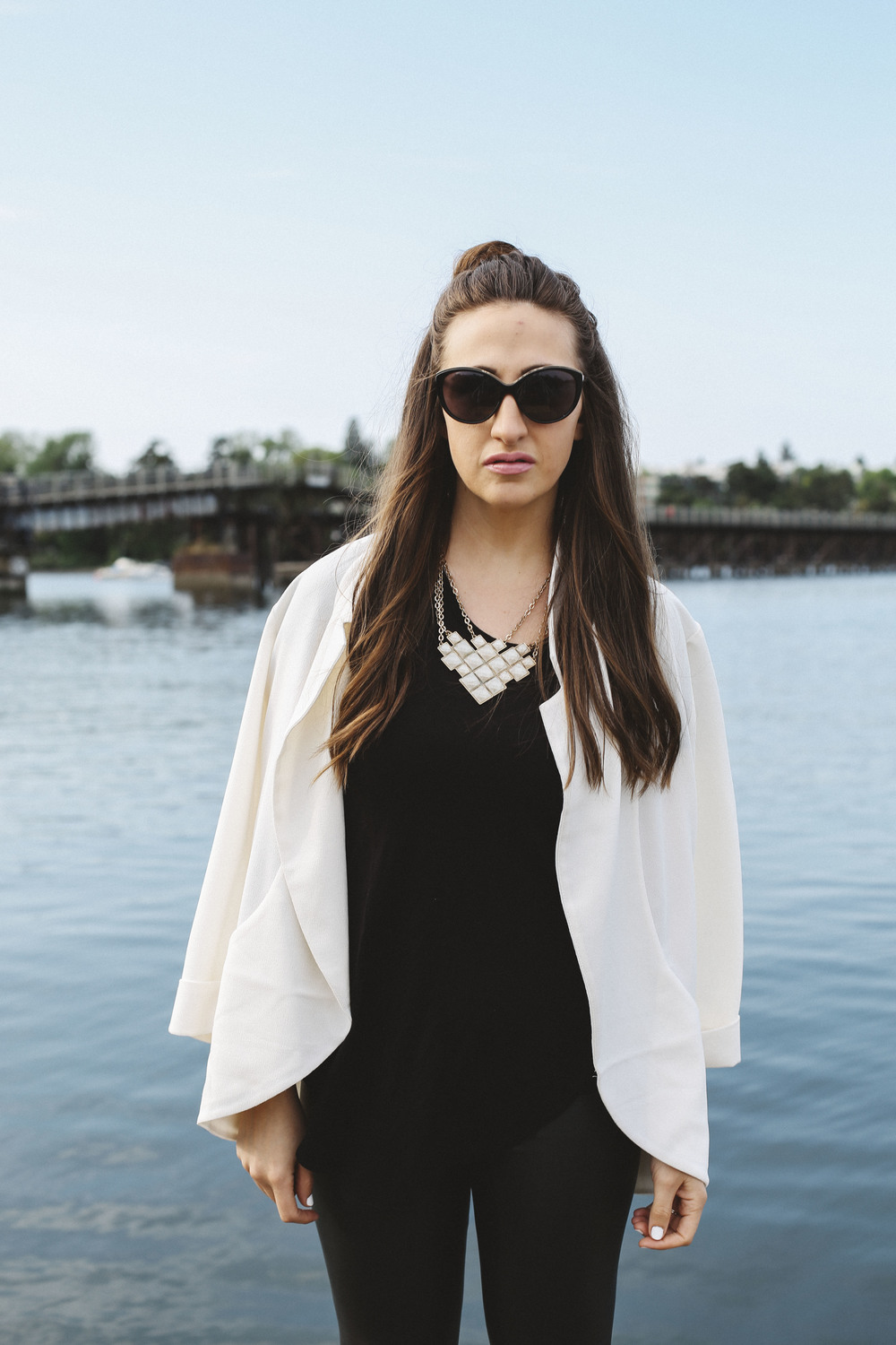 white blazer, black aritzia leggings