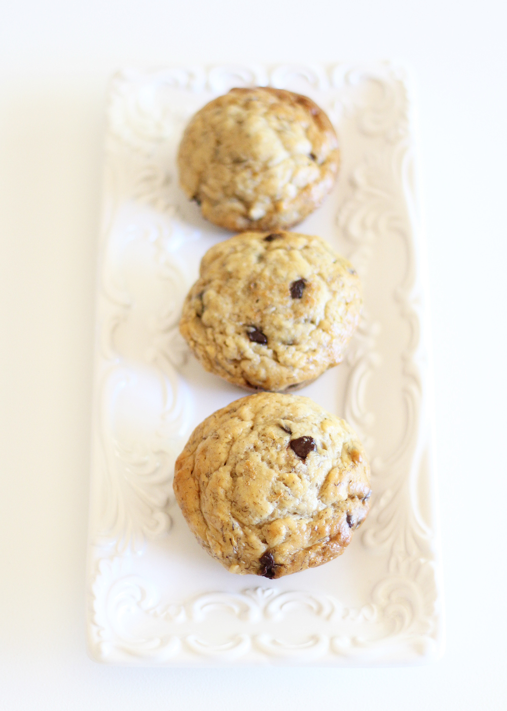 The tastiest skinny banana chocolate chip muffins