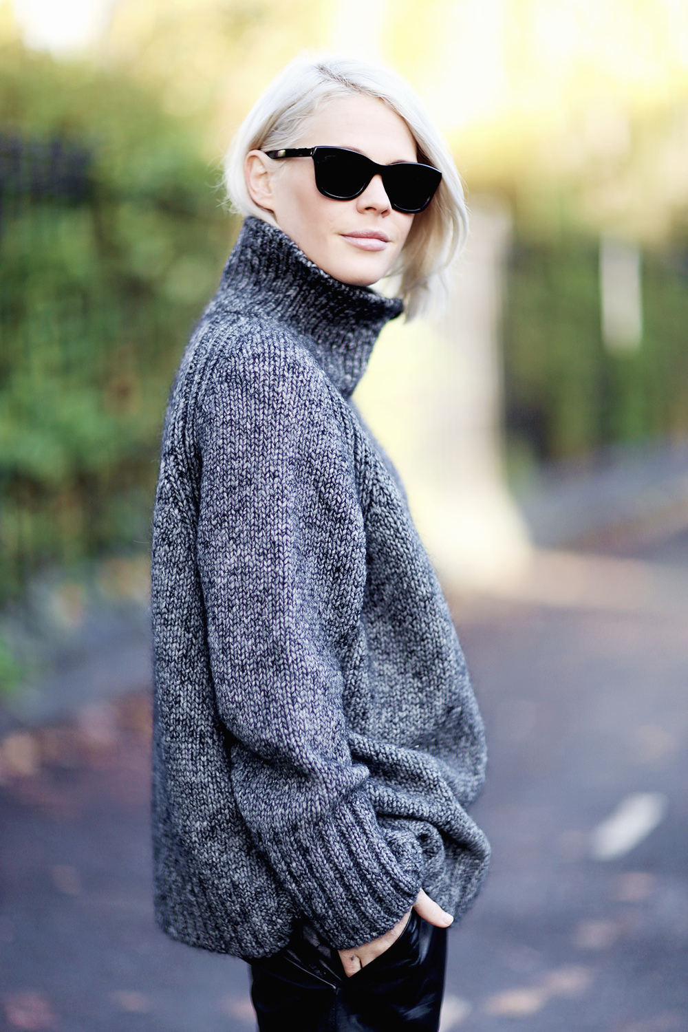 vanessabruno_turtleneck_london5.jpg