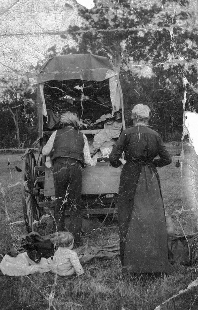 Nehal visiting the Forrest farm of Dwalganup, Upper Blacvkwood 1916.