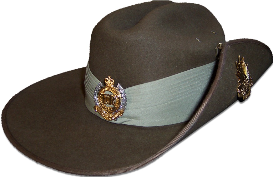The Puggaree (cloth band around the hat) can be seen on this Australian Army Slouch Hat with Royal Australian Engineers corps badge.