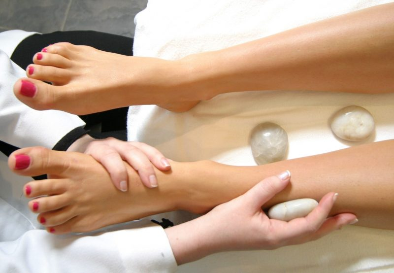 hot stone luxury pedicure massage