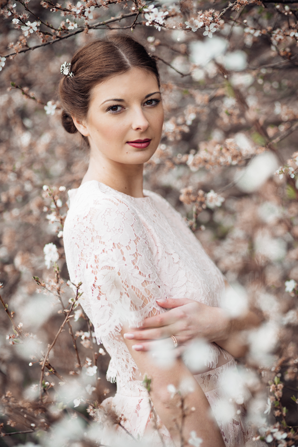 styled-wedding-bridal-shoot-blossom-6