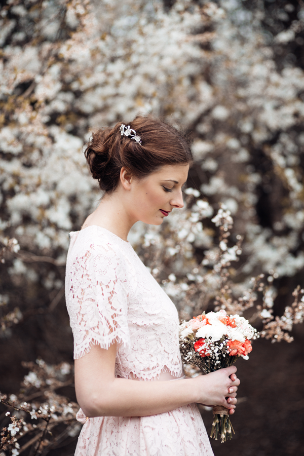 styled-wedding-bridal-shoot-blossom-7