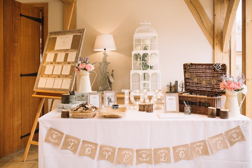 bassmead-manor-barns-rustic-wedding