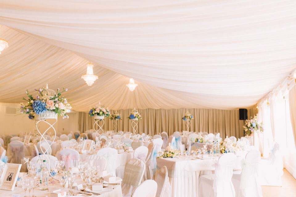 fennes-braintree-marquee-reception