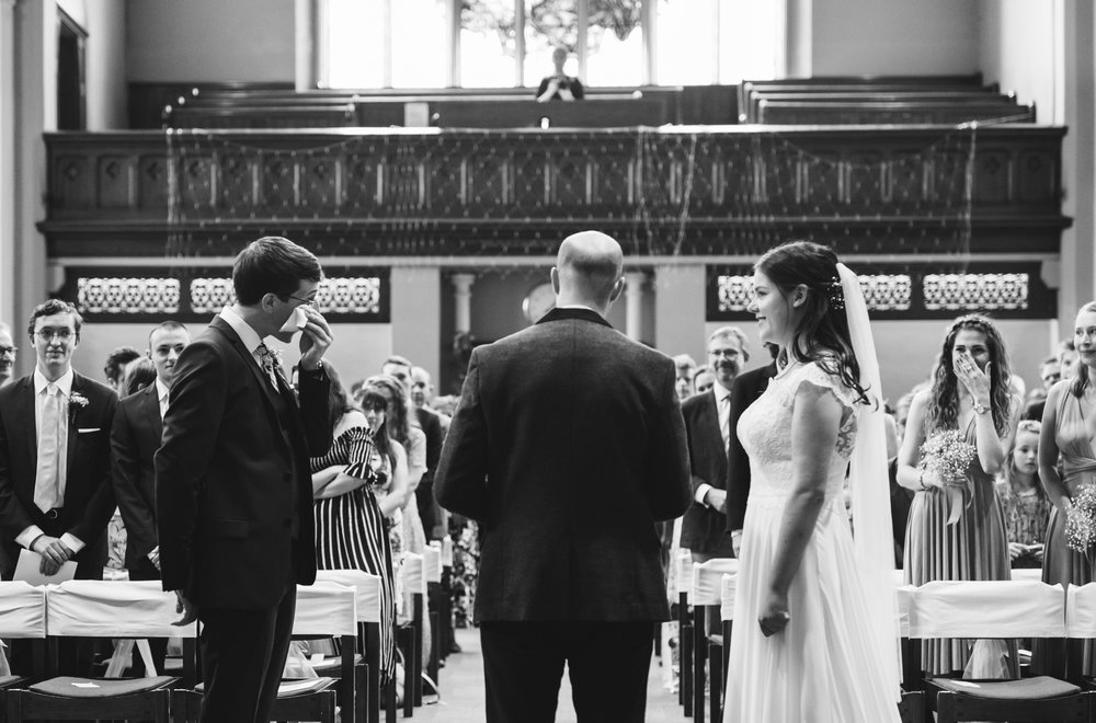 st-michaels-church-chester-square-london-wedding-photography_web__1308__C5A2143.jpg