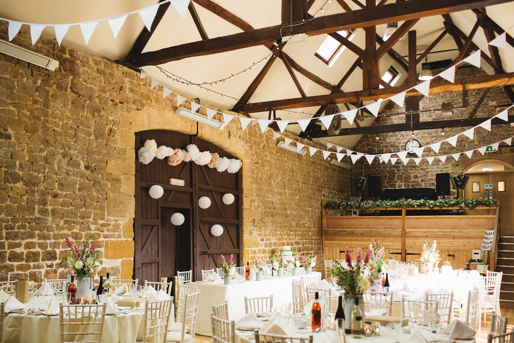 barns-at-hunsbury-hill-northampton-wedding-photography_web__1444__38A7091.jpg