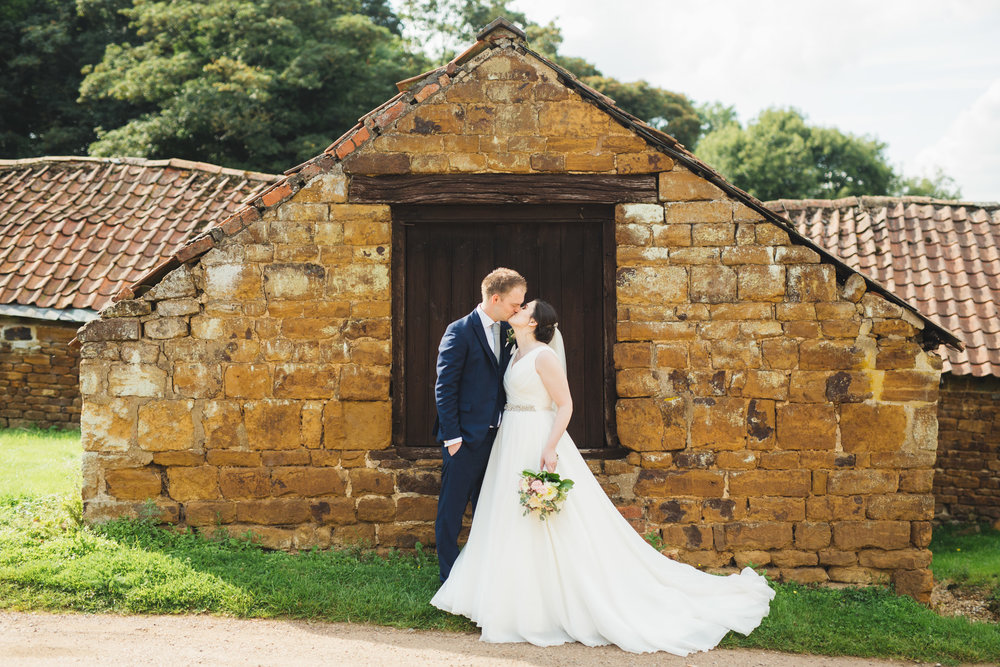 barns-at-hunsbury-hill-northampton-wedding-photography_web__1535__C5A8179.jpg