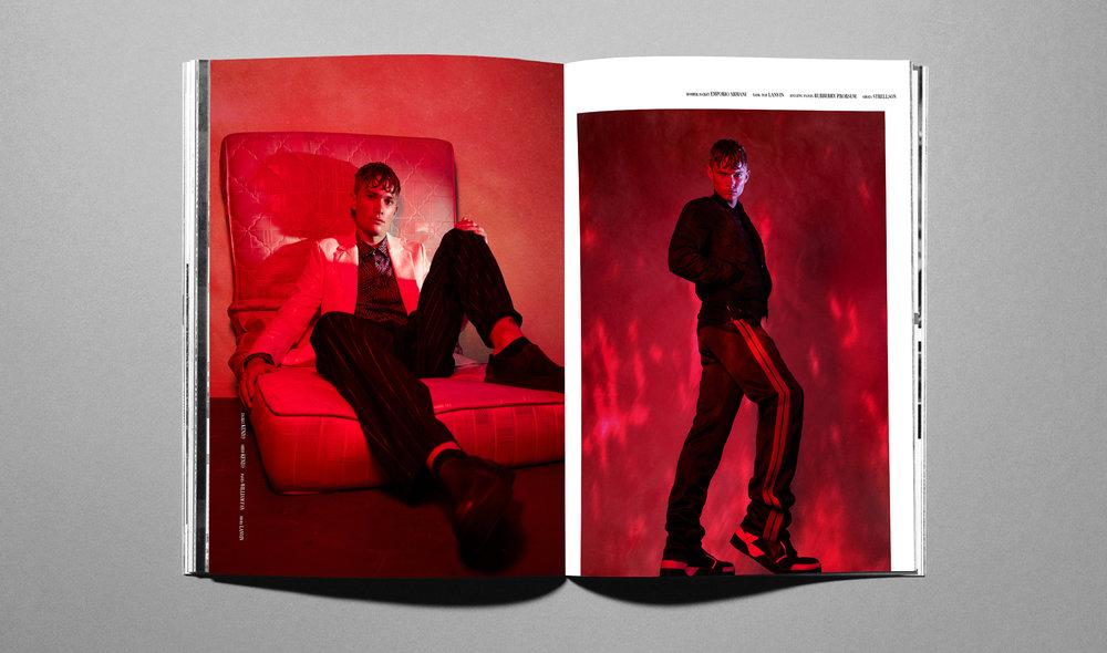 magazine open PS6.jpg
