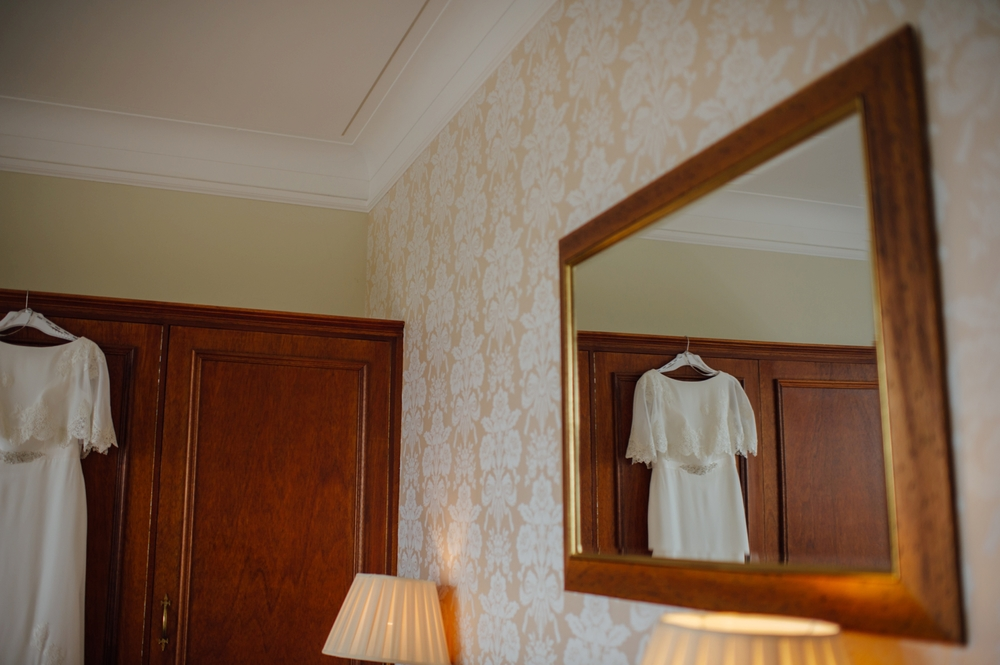003-lisa-devine-photography-alternative-creative-wedding-photography-glasgow-scotland-uk.JPG