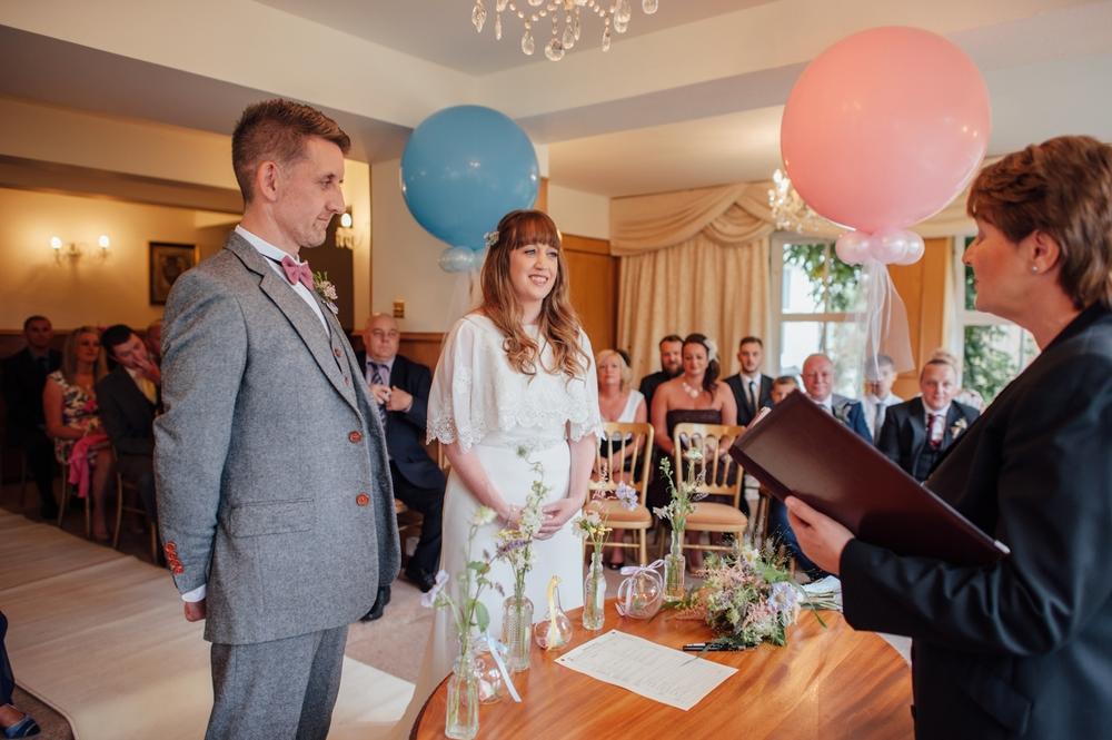 026-lisa-devine-photography-alternative-creative-wedding-photography-glasgow-scotland-uk.JPG