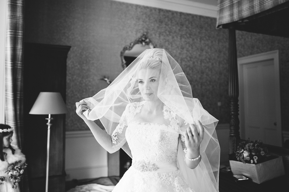 2884-lisa-devine-photography-alternative-stylish-creative-wedding-photography-glasgow-scotland-uk.JPG