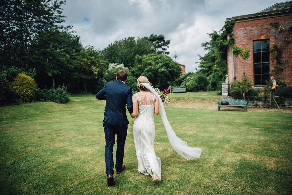 0038-LISA_DEVINE_PHOTOGRAPHY_ALTERNATIVE_WEDDING_PHOTOGRAPHY_SCOTLAND.JPG