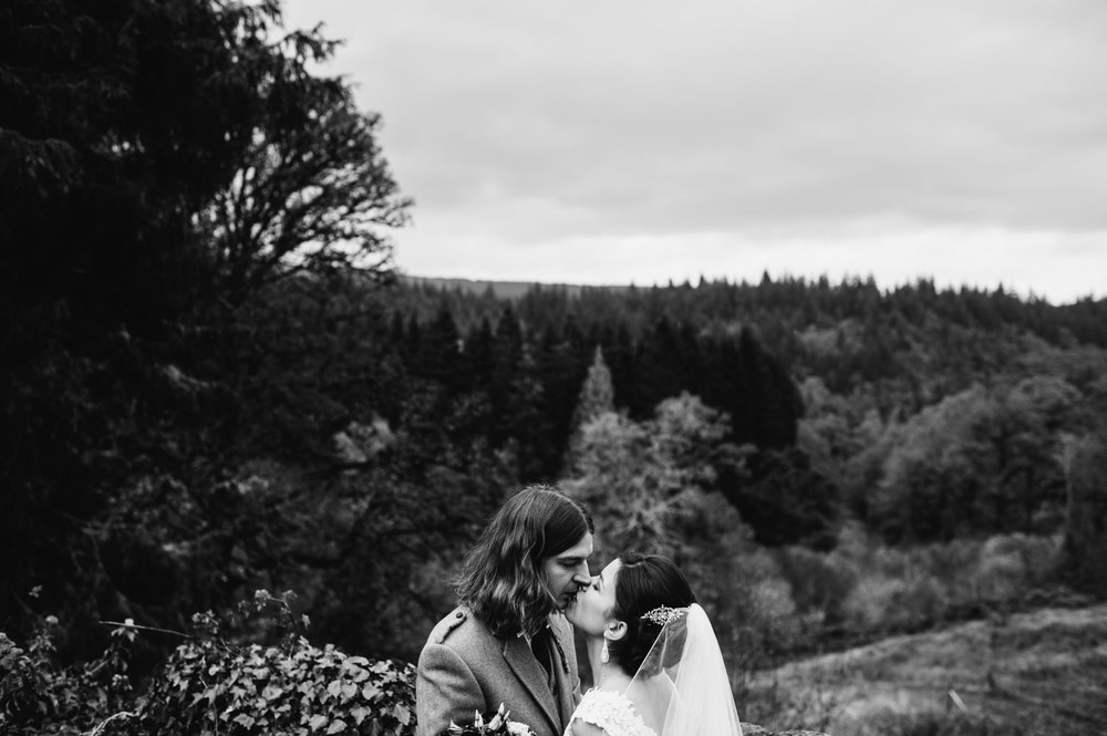 0165-LISA_DEVINE_PHOTOGRAPHY_ALTERNATIVE_WEDDING_PHOTOGRAPHY_SCOTLAND.JPG