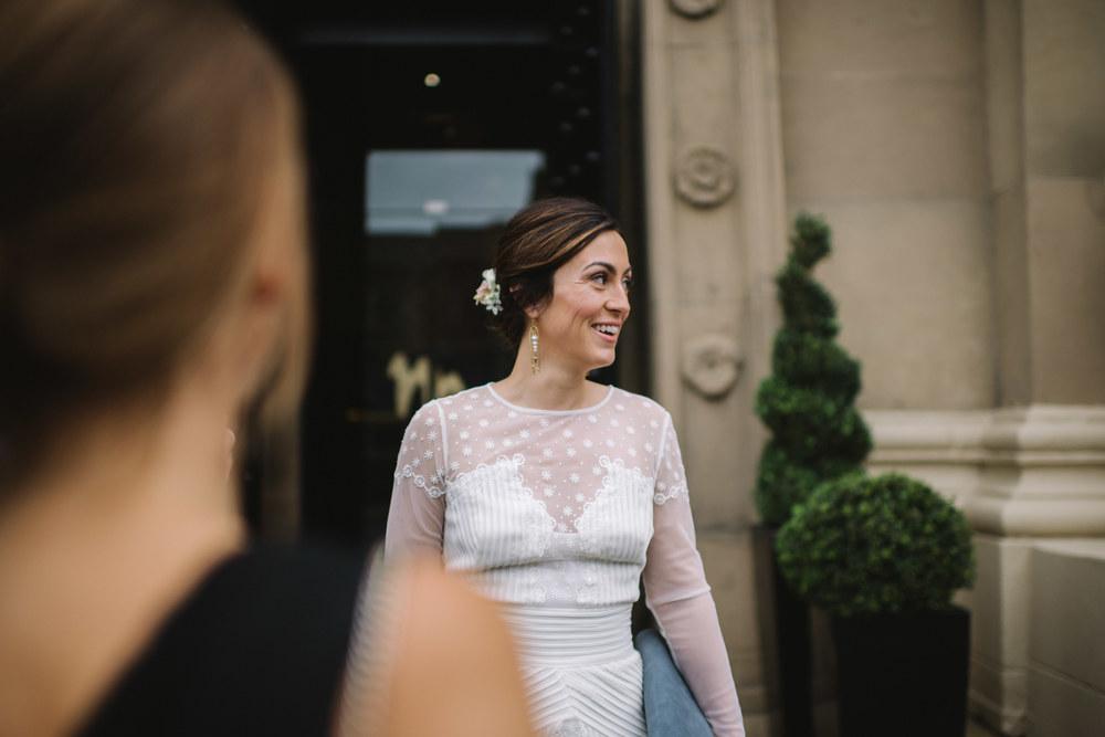 0011-LISA-DEVINE-PHOTOGRAPHY-ALTERNATIVE-WEDDING-GLASGOW-CITY-WEDDING.JPG