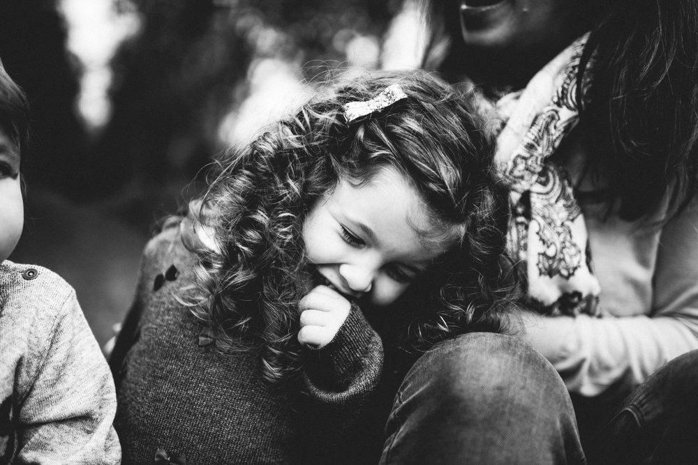 0023-LISA-DEVINE-PHOTOGRAPHY-PORTRAIT-THE-HECHT-FAMILY-4040.JPG
