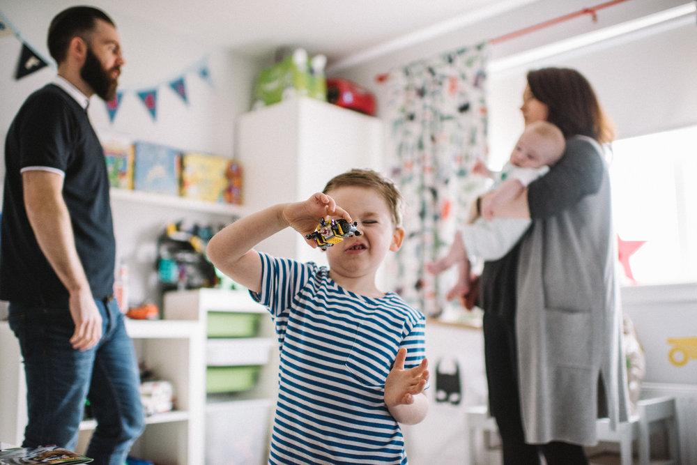 0002-alternative-family-kids-baby-children-portraits-glasgow-scotland.JPG