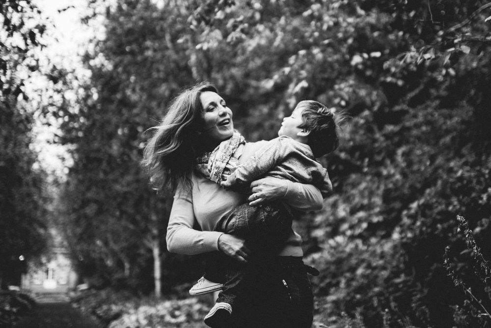 0019-alternative-family-kids-baby-children-portraits-glasgow-scotland.JPG