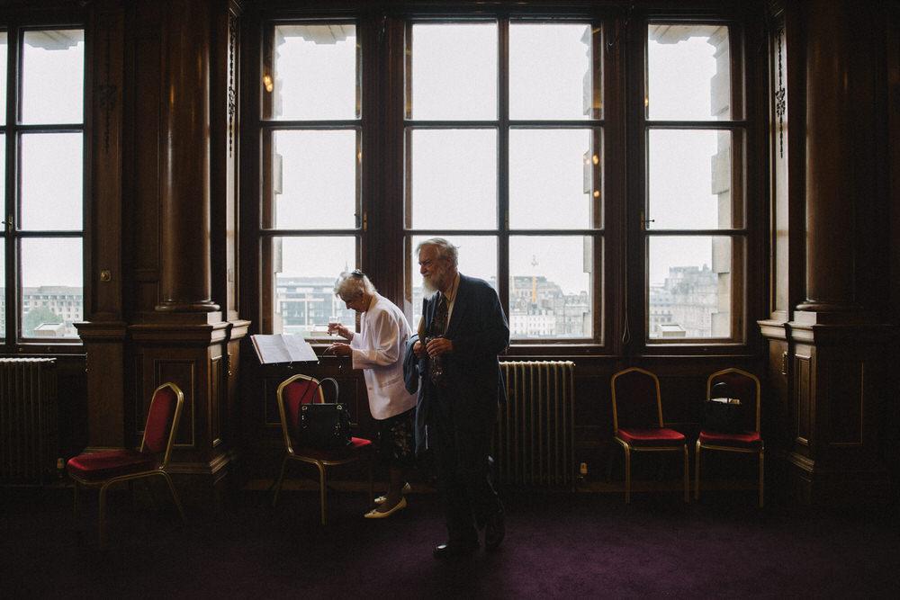 008-LisaDevine-WeddingFavourites02.jpg
