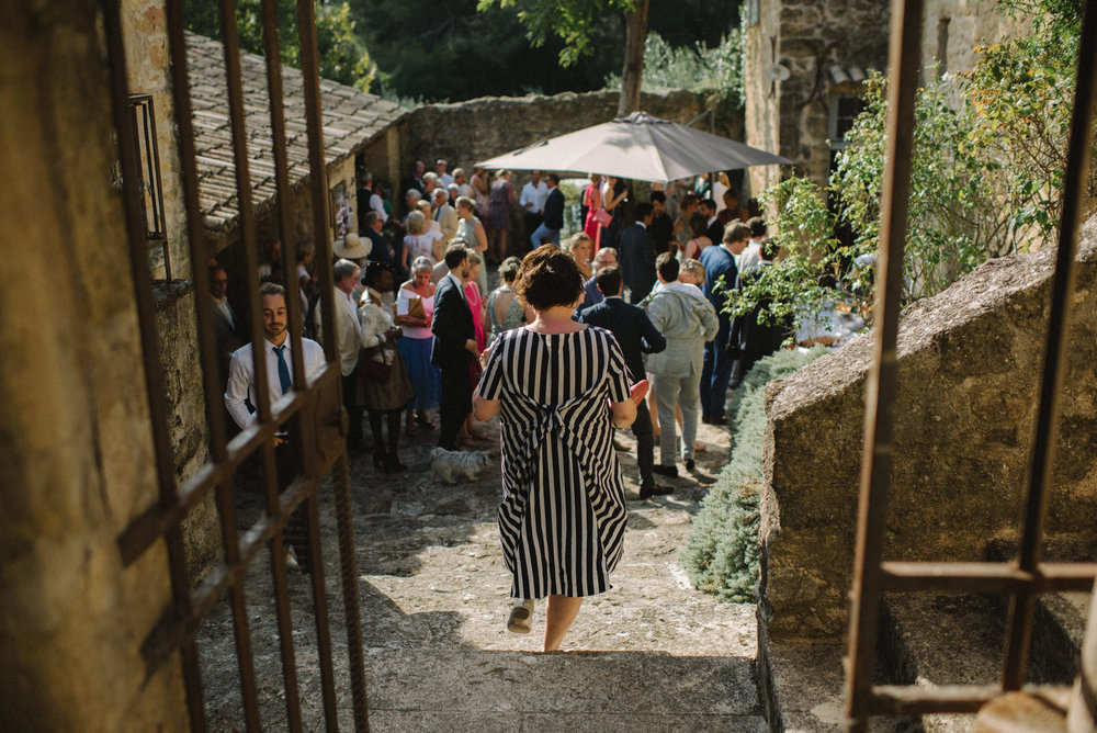022-LOURMARIN-WEDDING-PHOTOGRAPHER-PROVENCE-WEDDING-ALTERNATIVE-WEDDING-PHOTOGRAPHY-FRANCE-PROVENCE-GARDEN-WEDDING.JPG