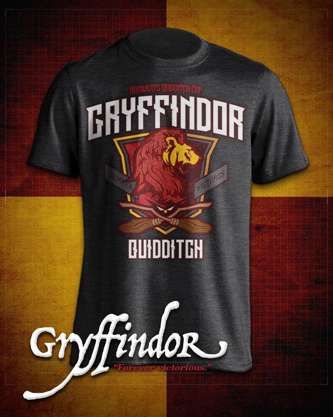 Gryffindor  Quidditch T-Shirt in Heathered Dark Grey