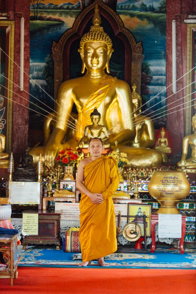 Monk Thap Thailand 2016-36.jpg