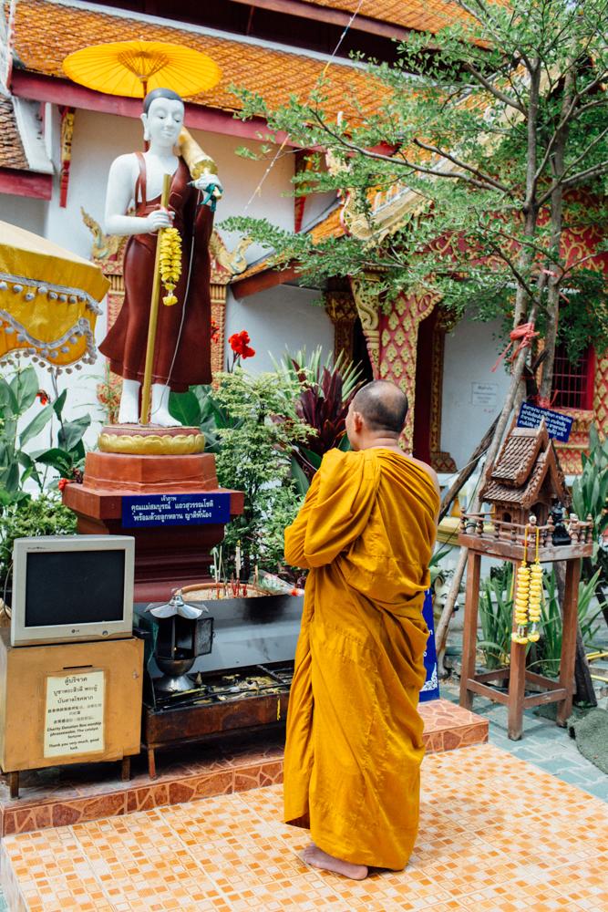 Monk Thap Thailand 2016-72.jpg