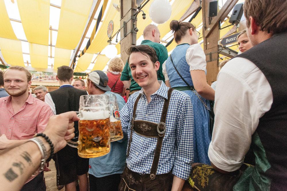 Oktoberfest_Munich_2016-142.jpg