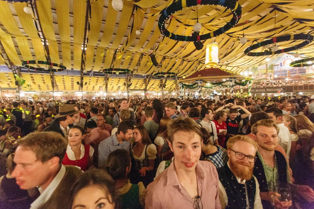 Oktoberfest_Munich_2016-215.jpg
