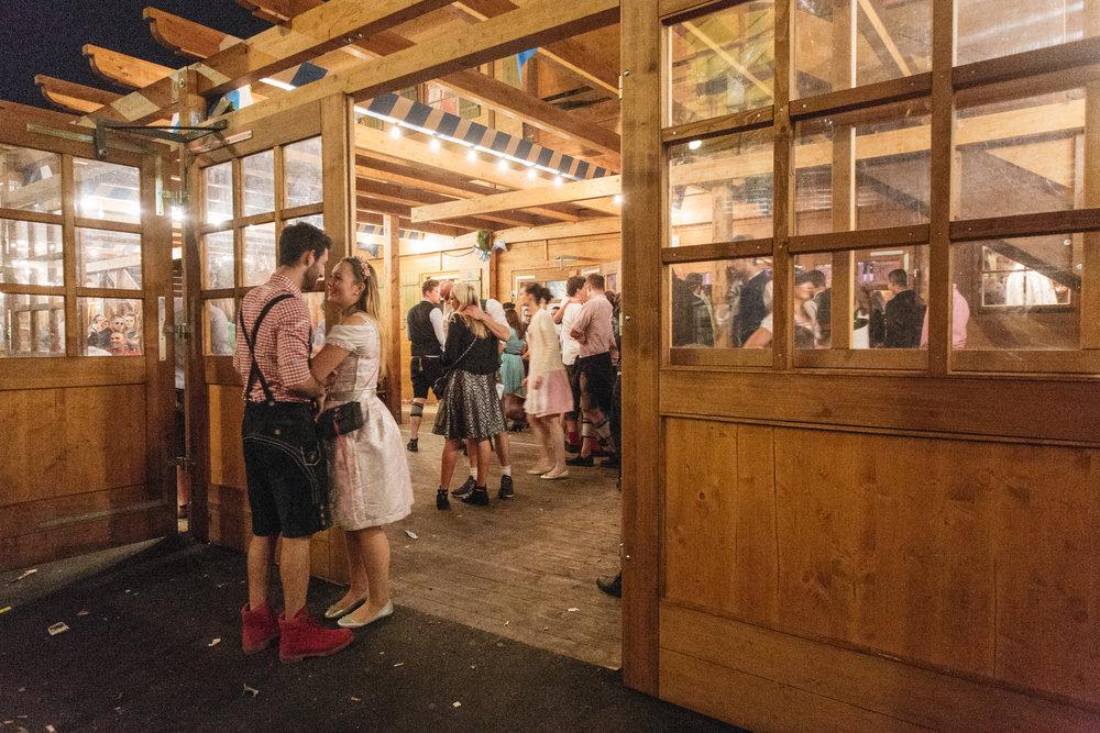 Oktoberfest_Munich_2016-250.jpg