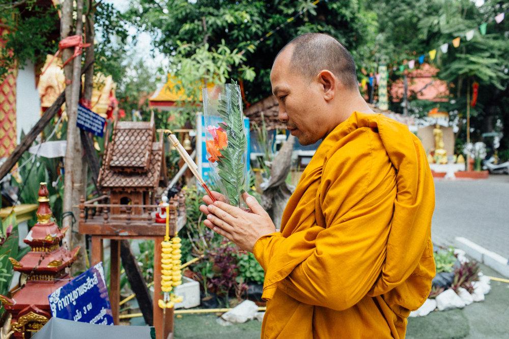 Monk Thap Thailand 2016-68.jpg