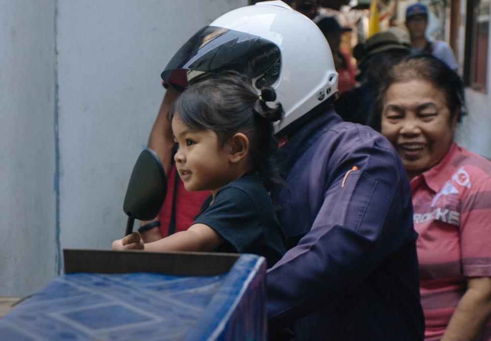 Nas ruas estreitas de Klhong Toei