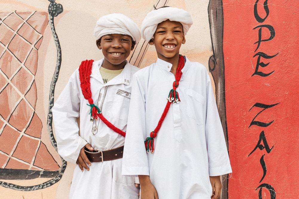 Vale fazer retrato de duas pessoas ao mesmo tempo. Essa foto foi feita no Deserto do Sahara no Marrocos