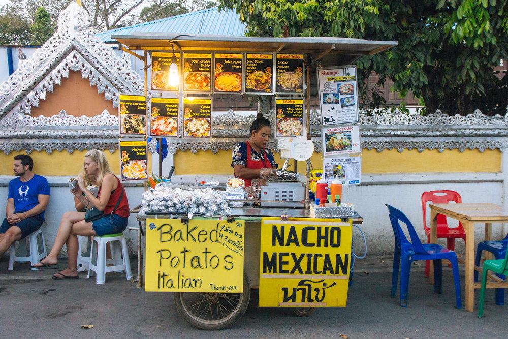 Barraquinha Mexicana com comida vegana