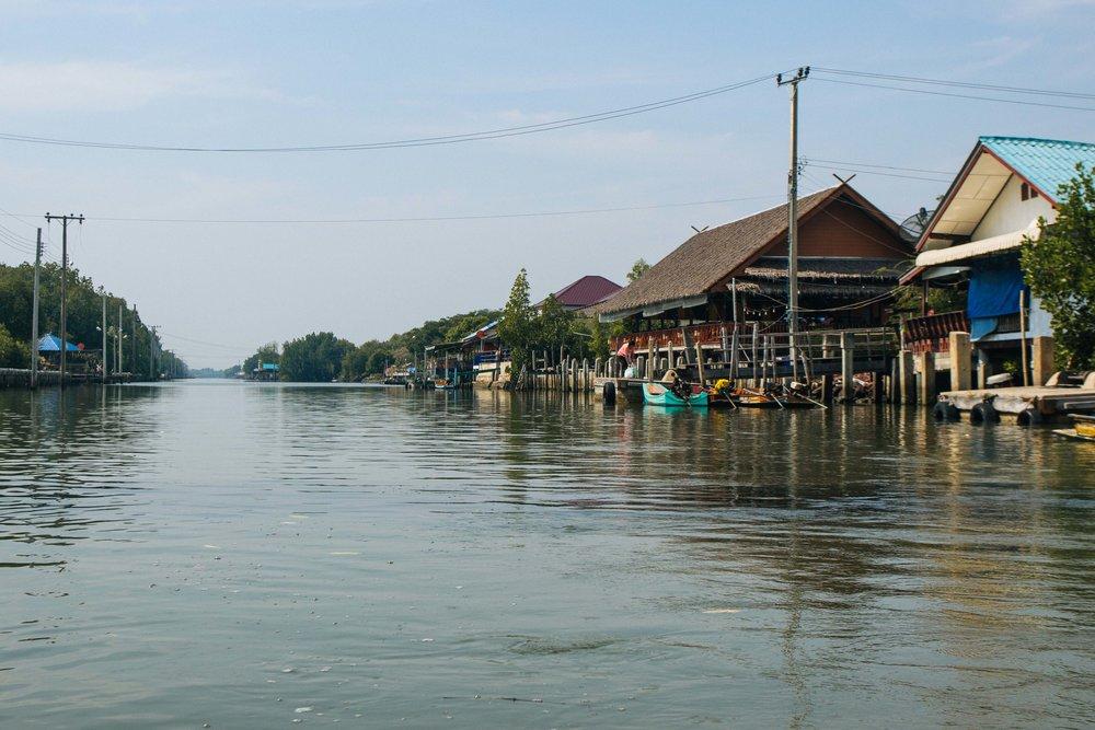 tpur diferente bangkok local alike 29.jpg