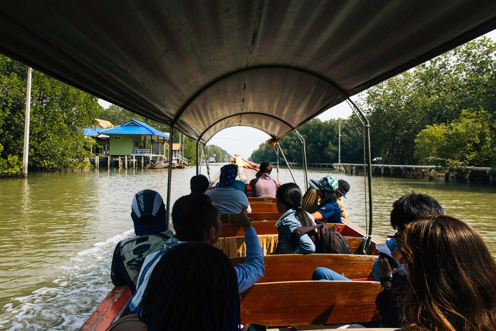 tpur diferente bangkok local alike 30.jpg