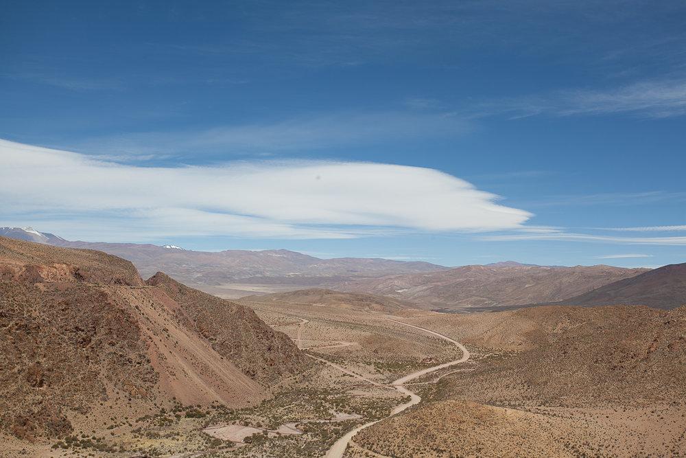Vista de dentro do Trem para as Nuvens passando pelo Viaduto La Polvorilla