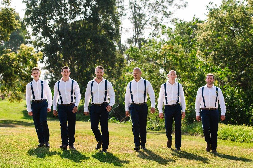 Groomsmen-in-suspenders.jpg