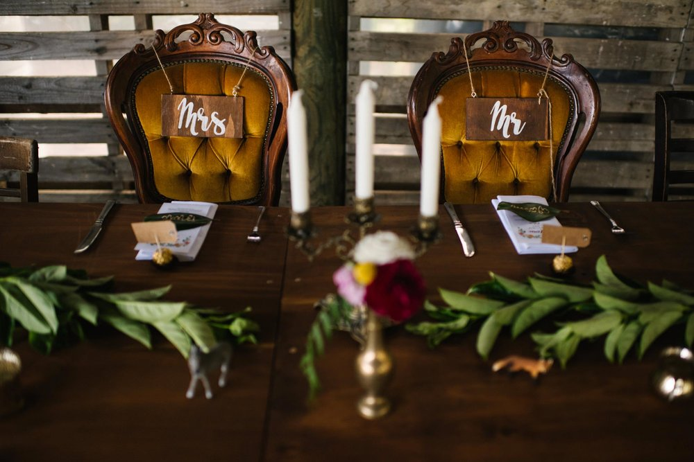 Rustic table setting at country wedding