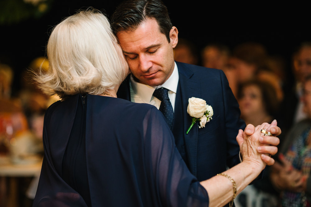 Emotional first dance with groom and mother