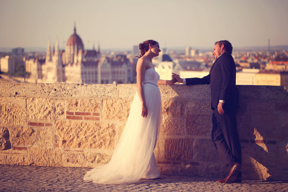 photodune-11654804-bride-and-groom-in-budapest-on-sunset-m (1).jpg
