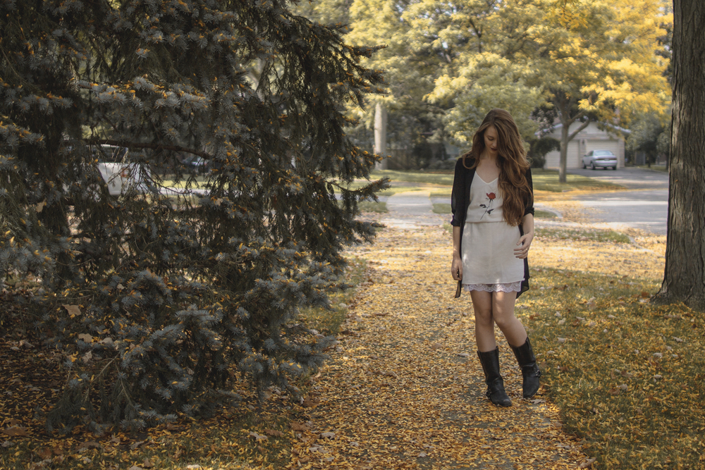 fall outfit via Rebecca-Jacobs.com-1.jpg