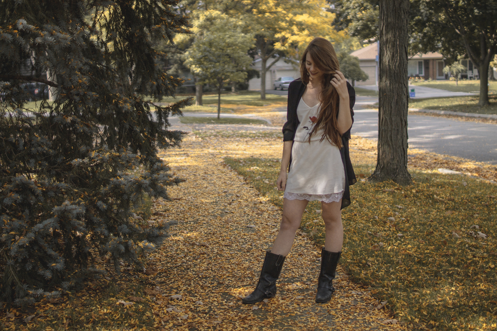 fall outfit via Rebecca-Jacobs.com-3.jpg