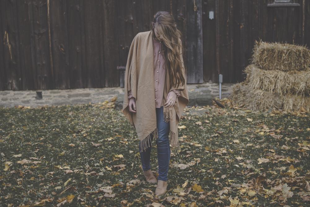 cape style via Rebecca-Jacobs.com-7.jpg